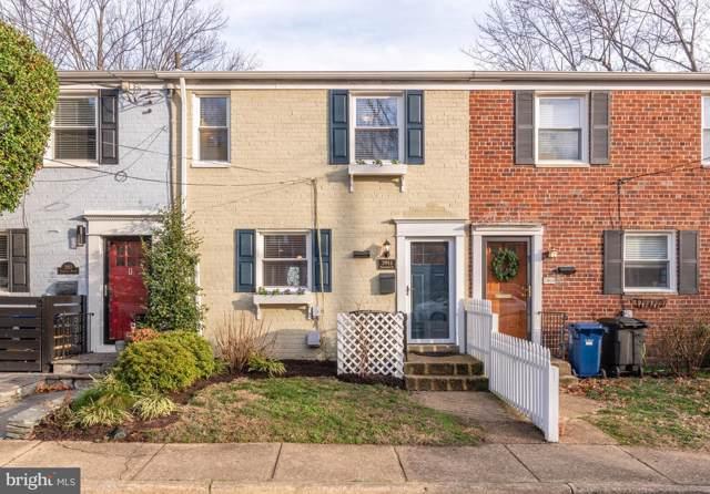 2911 Sycamore Street, ALEXANDRIA, VA 22305 (#VAAX242716) :: Homes to Heart Group