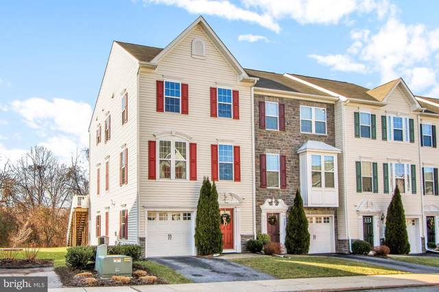 926 Stonehaven Way, YORK, PA 17403 (#PAYK131558) :: ExecuHome Realty