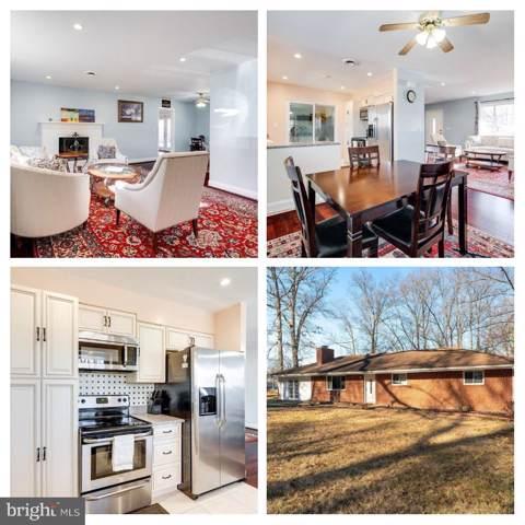 18301 Cabin Road, TRIANGLE, VA 22172 (#VAPW486084) :: Homes to Heart Group