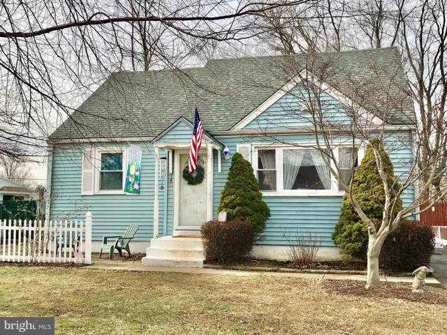 140 School House Lane, BROOKHAVEN, PA 19015 (#PADE507722) :: The Team Sordelet Realty Group