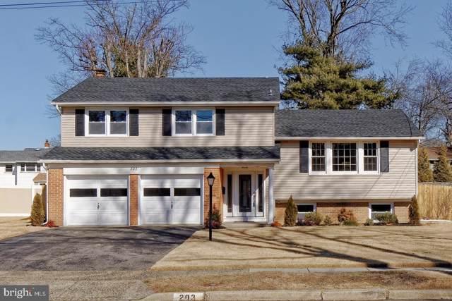 203 Lamp Post Lane, CHERRY HILL, NJ 08003 (#NJCD385436) :: Larson Fine Properties