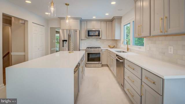 10709 Tuckahoe Way, NORTH POTOMAC, MD 20878 (#MDMC693394) :: The Daniel Register Group