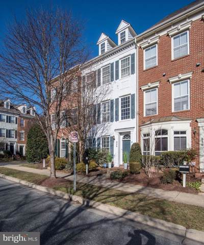 906 Featherstone Street, GAITHERSBURG, MD 20878 (#MDMC693438) :: The Kenita Tang Team