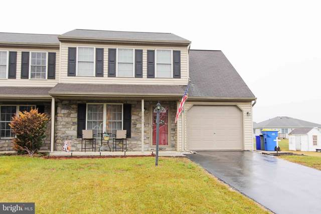 2048 Wyatt Circle, DOVER, PA 17315 (#PAYK132138) :: Liz Hamberger Real Estate Team of KW Keystone Realty