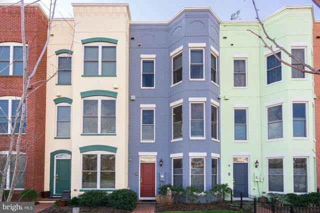 413 I Street SE, WASHINGTON, DC 20003 (#DCDC456366) :: Bic DeCaro & Associates