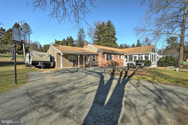 10 Maple Road, YORK, PA 17403 (#PAYK132230) :: The Joy Daniels Real Estate Group