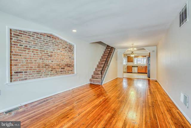 122 S East Avenue, BALTIMORE, MD 21224 (#MDBA498668) :: The Bob & Ronna Group