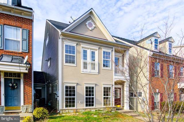 16465 Kenneweg Court, WOODBRIDGE, VA 22191 (#VAPW486766) :: Homes to Heart Group