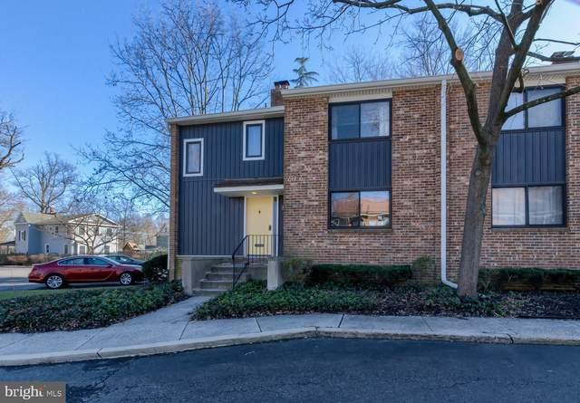 10 S Close, MOORESTOWN, NJ 08057 (#NJBL365950) :: Linda Dale Real Estate Experts