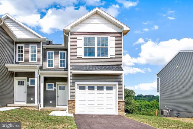 13 Solar Court, HANOVER, PA 17331 (#PAAD110328) :: Liz Hamberger Real Estate Team of KW Keystone Realty