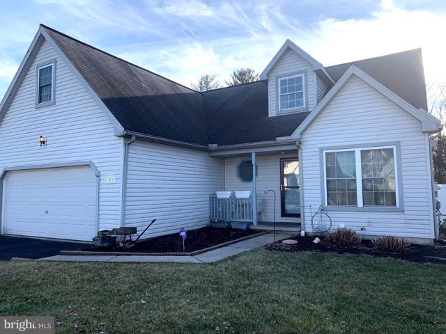 102 Cranbrook Drive, DOVER, PA 17315 (#PAYK132630) :: The Joy Daniels Real Estate Group