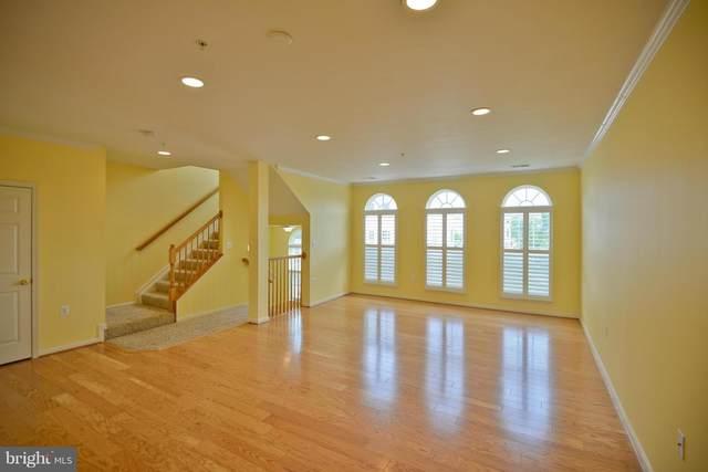 6081-B Wicker Lane #152, CENTREVILLE, VA 20121 (#VAFX1109522) :: The Greg Wells Team