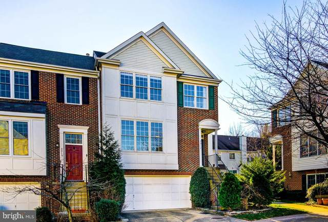 3917 Charles Avenue, ALEXANDRIA, VA 22305 (#VAAX243288) :: Bic DeCaro & Associates