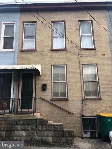 3 Philadelphia Avenue, WAYNESBORO, PA 17268 (#PAFL171154) :: The Joy Daniels Real Estate Group