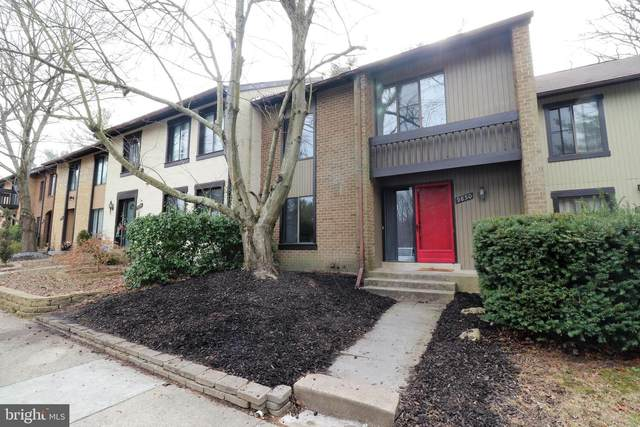 9850 Dairyton Court, GAITHERSBURG, MD 20886 (#MDMC695358) :: Keller Williams Flagship of Maryland