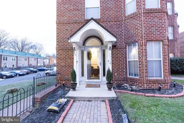 3724 Burnham Place NE #3724, WASHINGTON, DC 20019 (#DCDC458312) :: Coleman & Associates