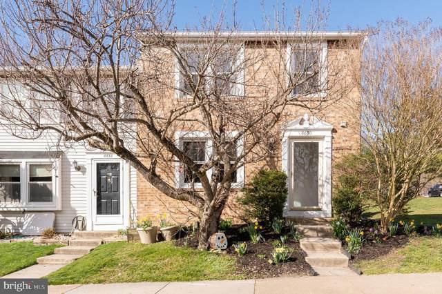 8650 Hickory Ridge Court, SPRINGFIELD, VA 22153 (#VAFX1111026) :: Coleman & Associates