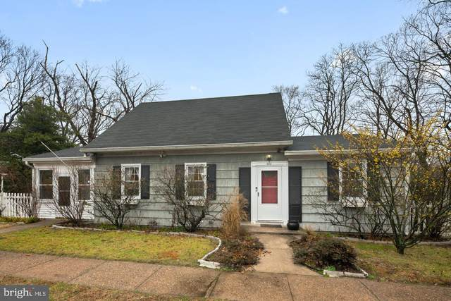 300 Crown Street, MORRISVILLE, PA 19067 (#PABU489580) :: Viva the Life Properties