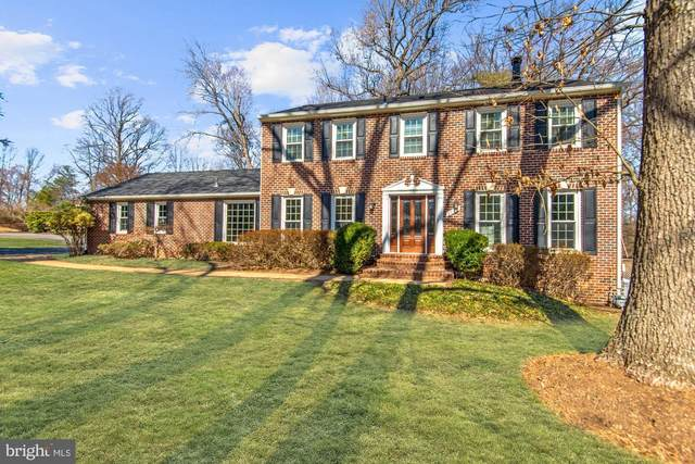 3125 Cobb Hill Lane, OAKTON, VA 22124 (#VAFX1111410) :: Pearson Smith Realty