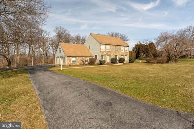 11 Briar Crest Manor, LITITZ, PA 17543 (#PALA158886) :: John Smith Real Estate Group