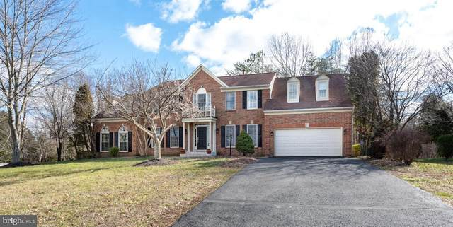 15551 Smithfield Place, CENTREVILLE, VA 20120 (#VAFX1111432) :: The Greg Wells Team