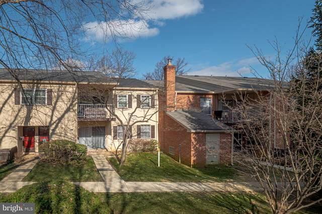 253 Old Forge Crossing, DEVON, PA 19333 (#PACT498850) :: Keller Williams Real Estate