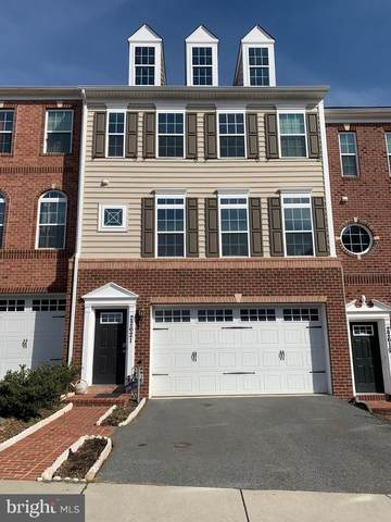 22621 Winding Woods Way, CLARKSBURG, MD 20871 (#MDMC696196) :: The Bob & Ronna Group