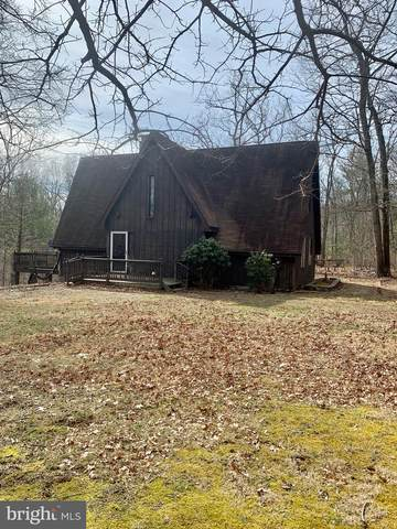 1747 Conservation Drive, HEDGESVILLE, WV 25427 (#WVBE174980) :: Bruce & Tanya and Associates