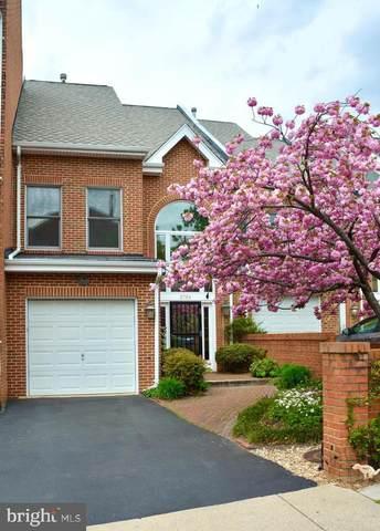 2724 Kenwood Avenue, ALEXANDRIA, VA 22302 (#VAAX243722) :: Bic DeCaro & Associates