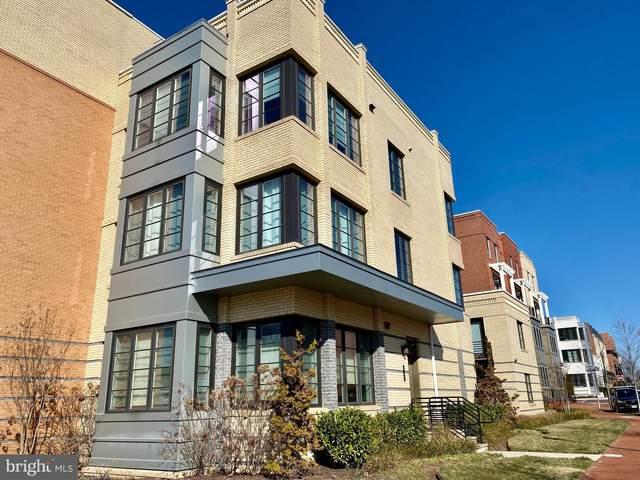 610 E Howell Avenue, ALEXANDRIA, VA 22301 (#VAAX243740) :: Eng Garcia Properties, LLC