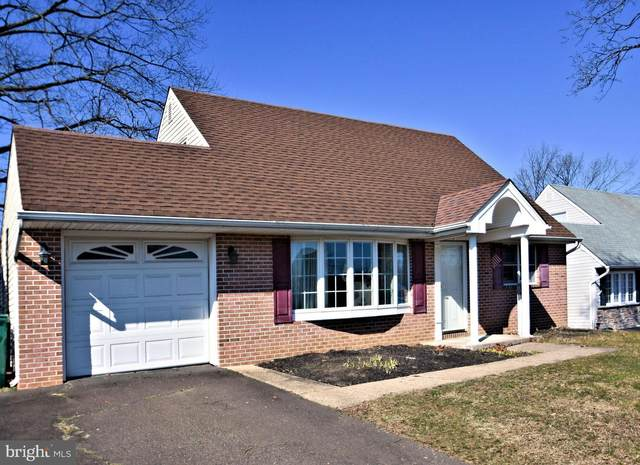 79 Pumpkin Hill Road, LEVITTOWN, PA 19056 (#PABU490128) :: Viva the Life Properties