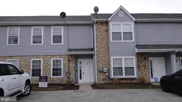 7 Arnold Place, NEWARK, DE 19702 (#DENC495646) :: Viva the Life Properties