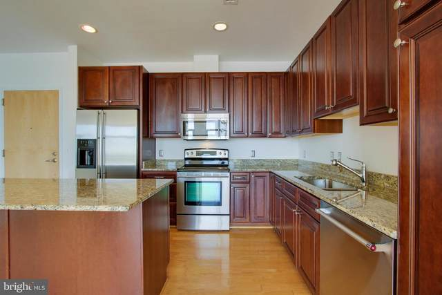 2772 Lighthouse Point East #308, BALTIMORE, MD 21224 (#MDBA501210) :: The Miller Team