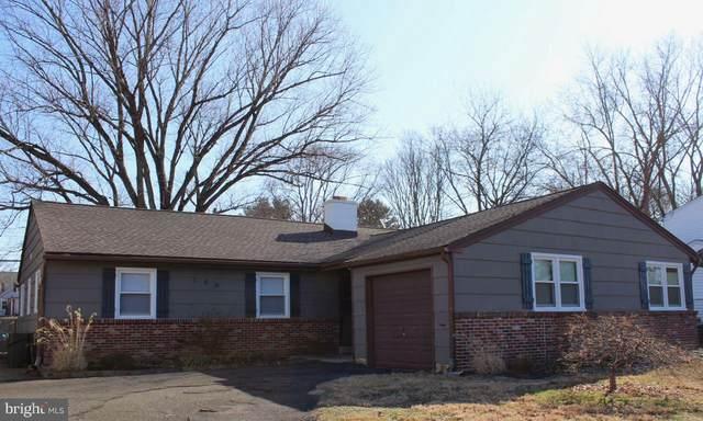 789 Saint Davids Avenue, WARMINSTER, PA 18974 (#PABU490344) :: Linda Dale Real Estate Experts