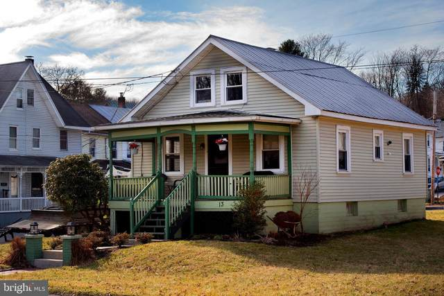 13 Canal Street, PINE GROVE, PA 17963 (#PASK129866) :: John Smith Real Estate Group