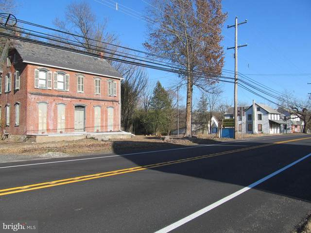 1135 & 1137 N Gravel Pike, ZIEGLERVILLE, PA 19492 (#PAMC640144) :: Colgan Real Estate