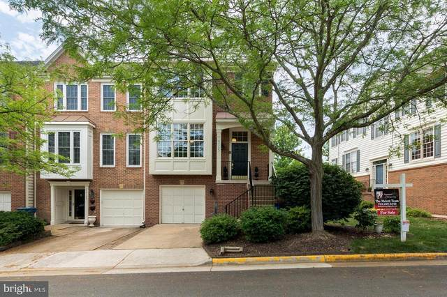 43123 Holtby Square, CHANTILLY, VA 20152 (#VALO404368) :: Colgan Real Estate