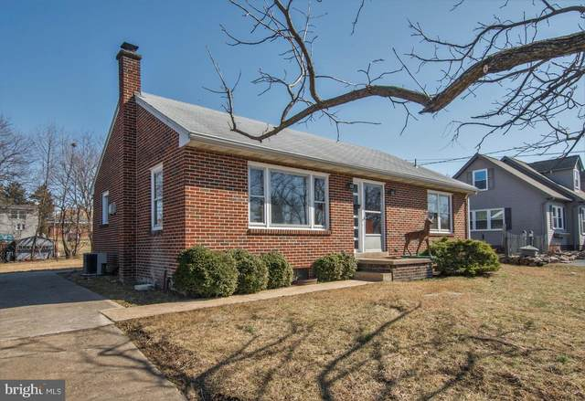 268 Carlisle Avenue, ENOLA, PA 17025 (#PACB121768) :: The Heather Neidlinger Team With Berkshire Hathaway HomeServices Homesale Realty