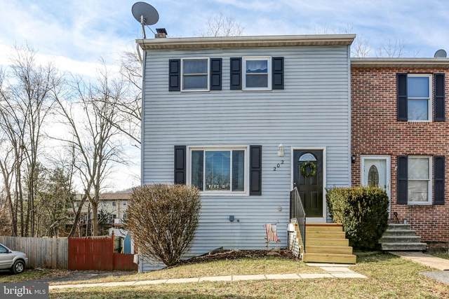 202 White Dogwood Drive, ETTERS, PA 17319 (#PAYK134146) :: Iron Valley Real Estate