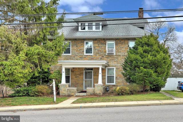 33 S Main Street, SEVEN VALLEYS, PA 17360 (#PAYK134536) :: The Joy Daniels Real Estate Group