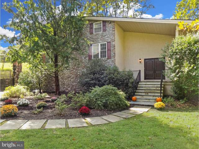 912 Greene Countrie Drive, WEST CHESTER, PA 19380 (#PACT500490) :: Mortensen Team