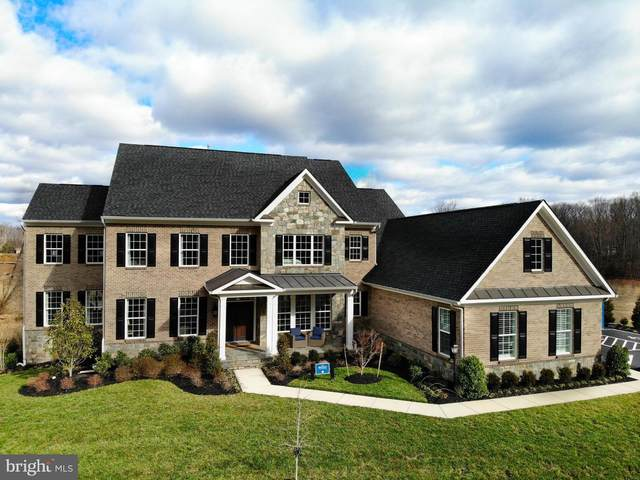 10234 Forest Lake Drive, GREAT FALLS, VA 22066 (#VAFX1115004) :: Debbie Dogrul Associates - Long and Foster Real Estate