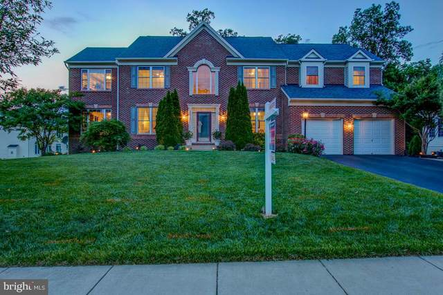 3375 Dondis Creek Drive, TRIANGLE, VA 22172 (#VAPW489330) :: Cristina Dougherty & Associates