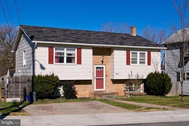 966 Woodstock Lane, WINCHESTER, VA 22601 (#VAWI114032) :: The MD Home Team