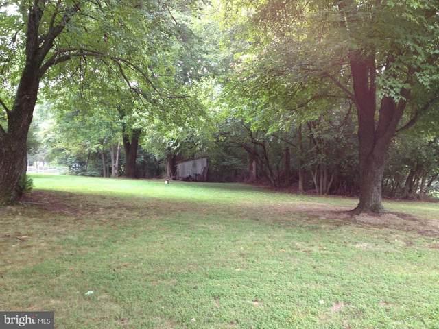 Big Woods Road, DICKERSON, MD 20842 (#MDMC699060) :: Dart Homes