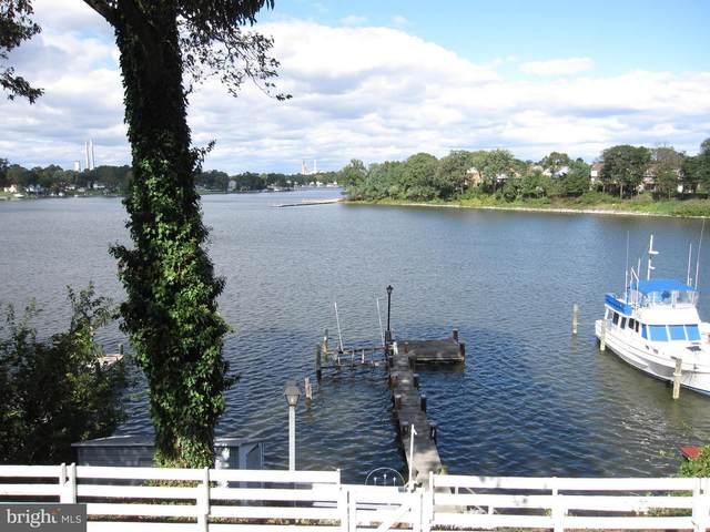 7580 Beach Drive, PASADENA, MD 21122 (#MDAA427940) :: Talbot Greenya Group