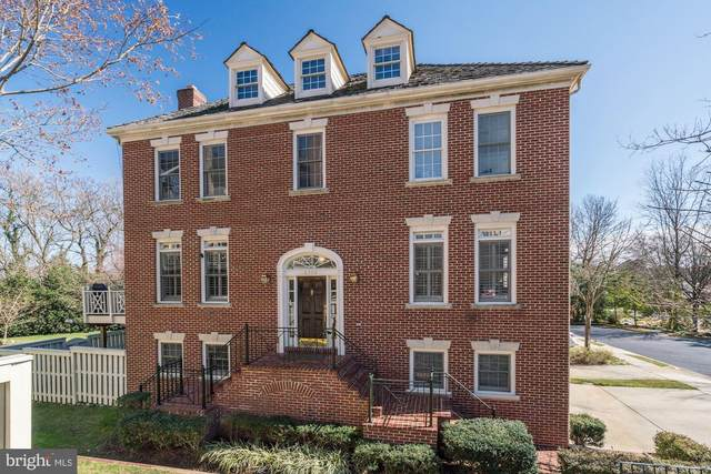 6308 Barcroft Mews Drive, FALLS CHURCH, VA 22041 (#VAFX1115772) :: The Licata Group/Keller Williams Realty