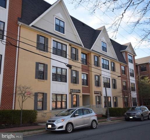 431 Park Avenue #300, FALLS CHURCH, VA 22046 (#VAFA110994) :: The Dailey Group