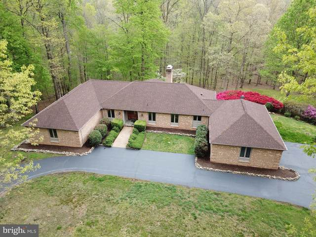 7007 Clifton Road, CLIFTON, VA 20124 (#VAFX1116576) :: The Piano Home Group