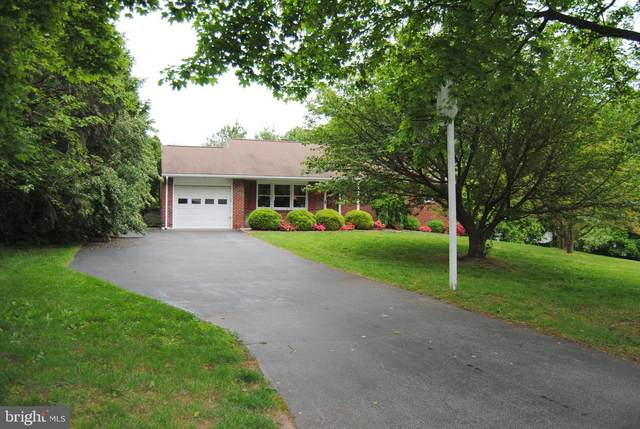 2395 Sunnyslope Drive, POTTSTOWN, PA 19464 (#PAMC644064) :: The John Kriza Team